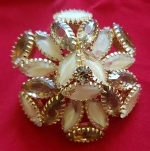 Lovely Gold Tone Vintage Brooch circa 1950's - $14.85