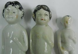 Vintage Porcelain Figurine 3 Girls over 40 years old #Po-7 image 4