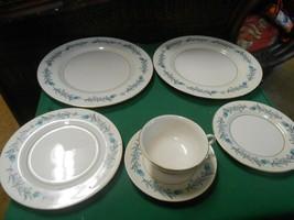 "Beautiful THEODORE HAVILAND ""Clinton"" 6 pieces of Dinnerware-Plates etc. - $29.29"