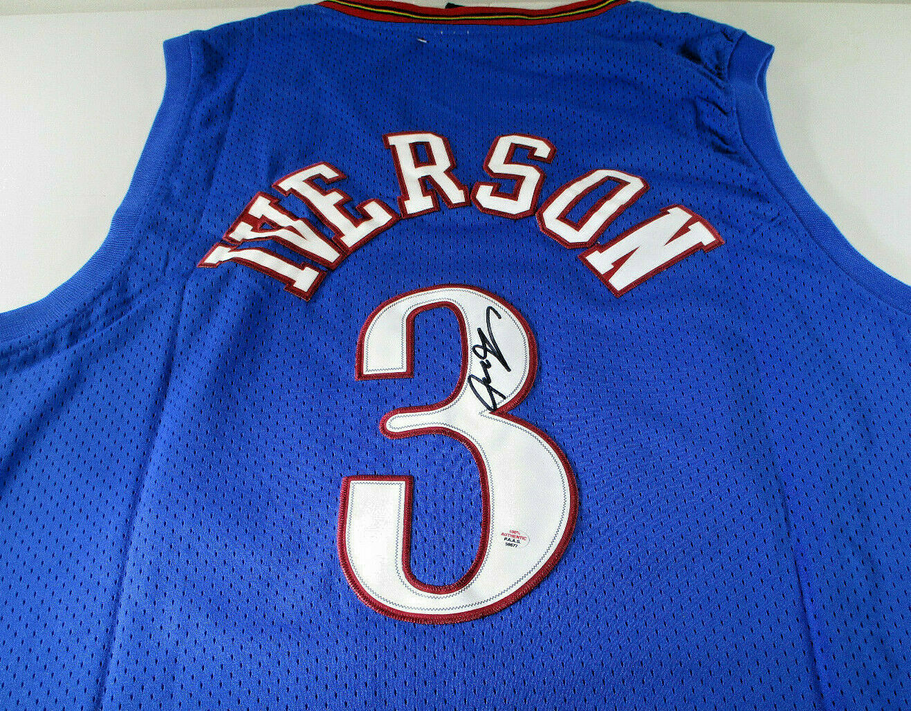 ALLEN IVERSON / NBA HALL OF FAME / AUTOGRAPHED 76ERS BLUE THROWBACK JERSEY / COA