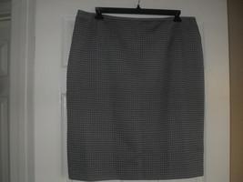 Le Suit Quebec New Womens Black Multi Skirt     18 - $8.90