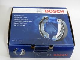 NEW-Fits Chevrolet Ford Dodge GMC Trucks Parking Brake Shoes Rear Bosch ... - $24.99