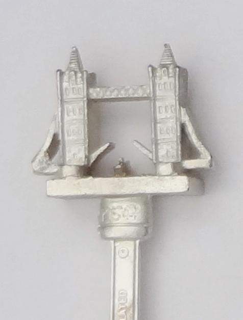 Collector Souvenir Spoon Great Britain UK England London Tower Bridge Figural 3D