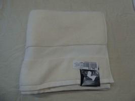 """$27.00 Lauren Ralph Lauren Wescott bath towel 30"""" x 56"""", Linen Cream - $11.14"""