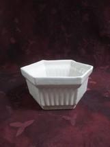 Vintage Robinson Ransbottom Roseville White Hexagon Planter - $28.04