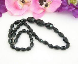 "Black Glass Graduated Beaded Necklace Vintage Football Shape Faceted Bead 18"" - $16.99"