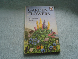 Vintage 1960  Lady Bird Book Garden Flowers Series 536 - $7.94