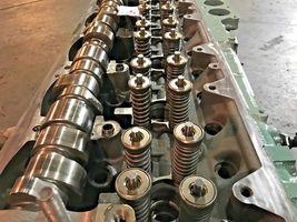 Detroit Diesel Series 60 SERIES 14L Engine Cylinder Head SCH1106137 OEM image 4