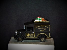 Department 56 1994 GATHERING LIMITED  EDITION EXPRESS VAN-  NIB - $14.70