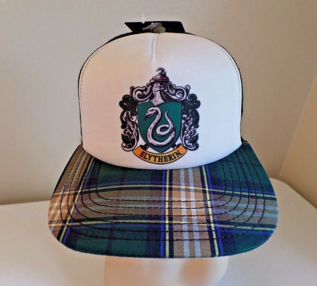 d1ee979e373 NWT Warner Bros Harry Potter Slytherin Snap Back Green Plaid Mesh Baseball  Cap