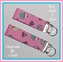 Key Fob With Cupcakes, Pink Cupcakes Key Fob, Kids Cupcake Key Fob - $5.00
