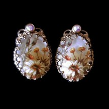 Vintage Cameo Flowers Clip On Earrings West Germany Victorian Style Gold... - $39.59