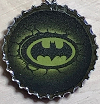 Batman Logo Coke Sprite Diet pepsi & more Soda beer cap Keychain image 3