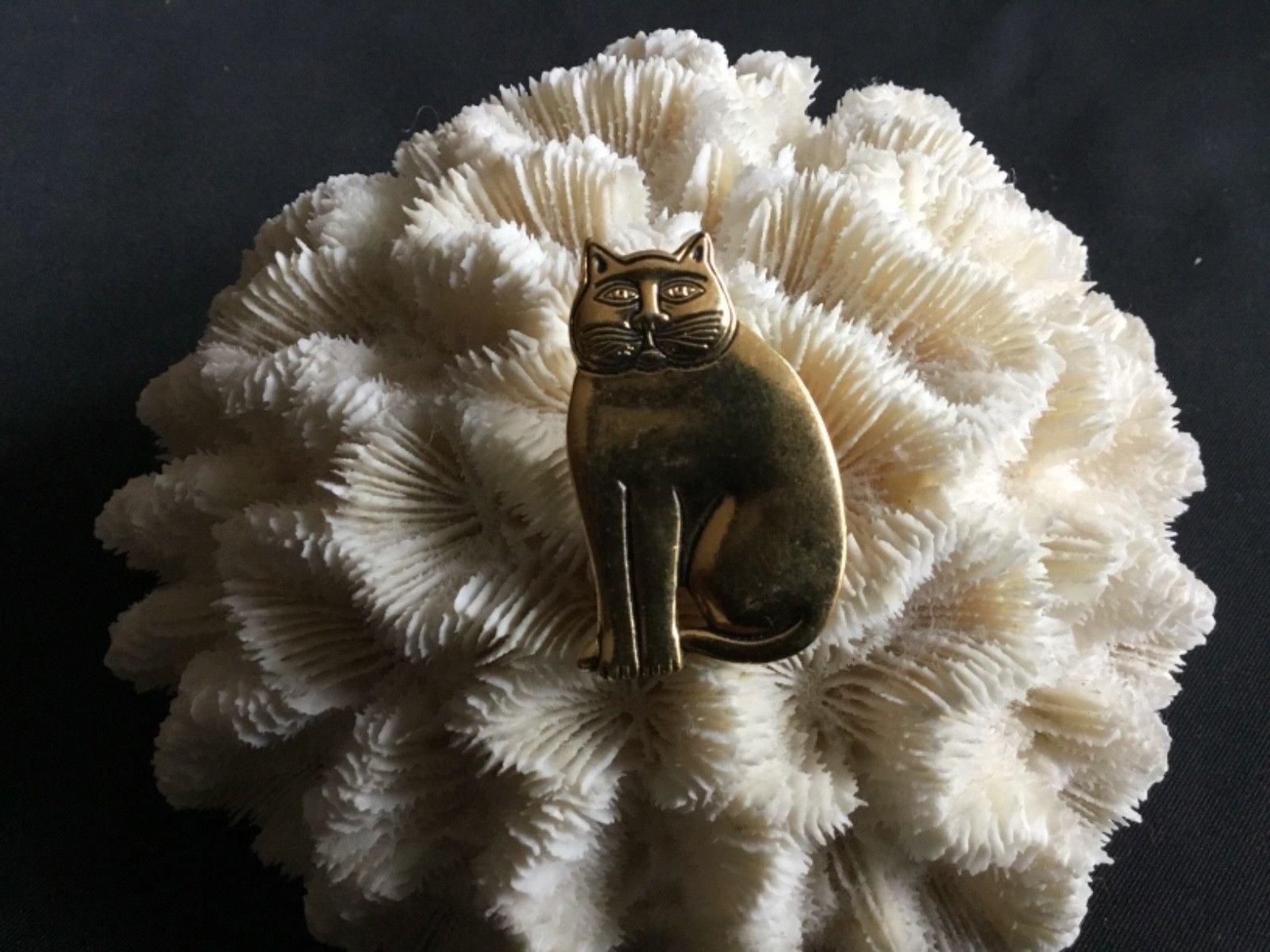 Primary image for Vintage Laurel Burch Cat Brooch Pin Gold tone Sitting Signed