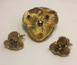 Vintage Wirework Rhinestone Pin Pendant Earring Set Goldtone Brooch - $24.11