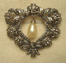 Avon VICTORIAN Style BROOCH PIN FLORAL TEXTURED Faux MARCASITE Beautiful... - $29.65
