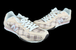 New Balance 442 Women's CW442TC Peach Pink Plaid Walking Shoes Size 6.5 - $29.89