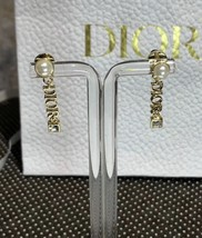 NEW AUTH Christian Dior 2019 DIO(R)EVOLUTION EARRINGS GOLD STAR CRYSTAL DANGLE image 1