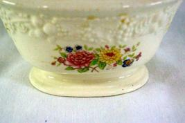 Homer Laughlin Floral TH6 M47N5 Covered Sugar Bowl image 3