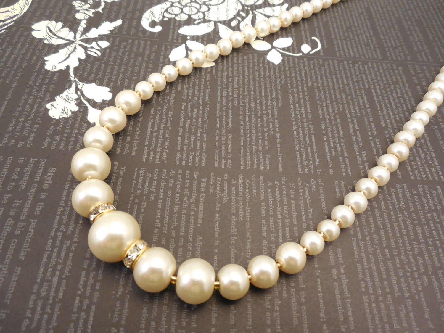 Primary image for One Strand Embossing Look Cream Glass Pearl Necklace with Sparkle Spacer