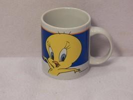 2000 Warner Brothers Looney Tunes TWEETY Bird Gibson Coffee Mug - $24.70