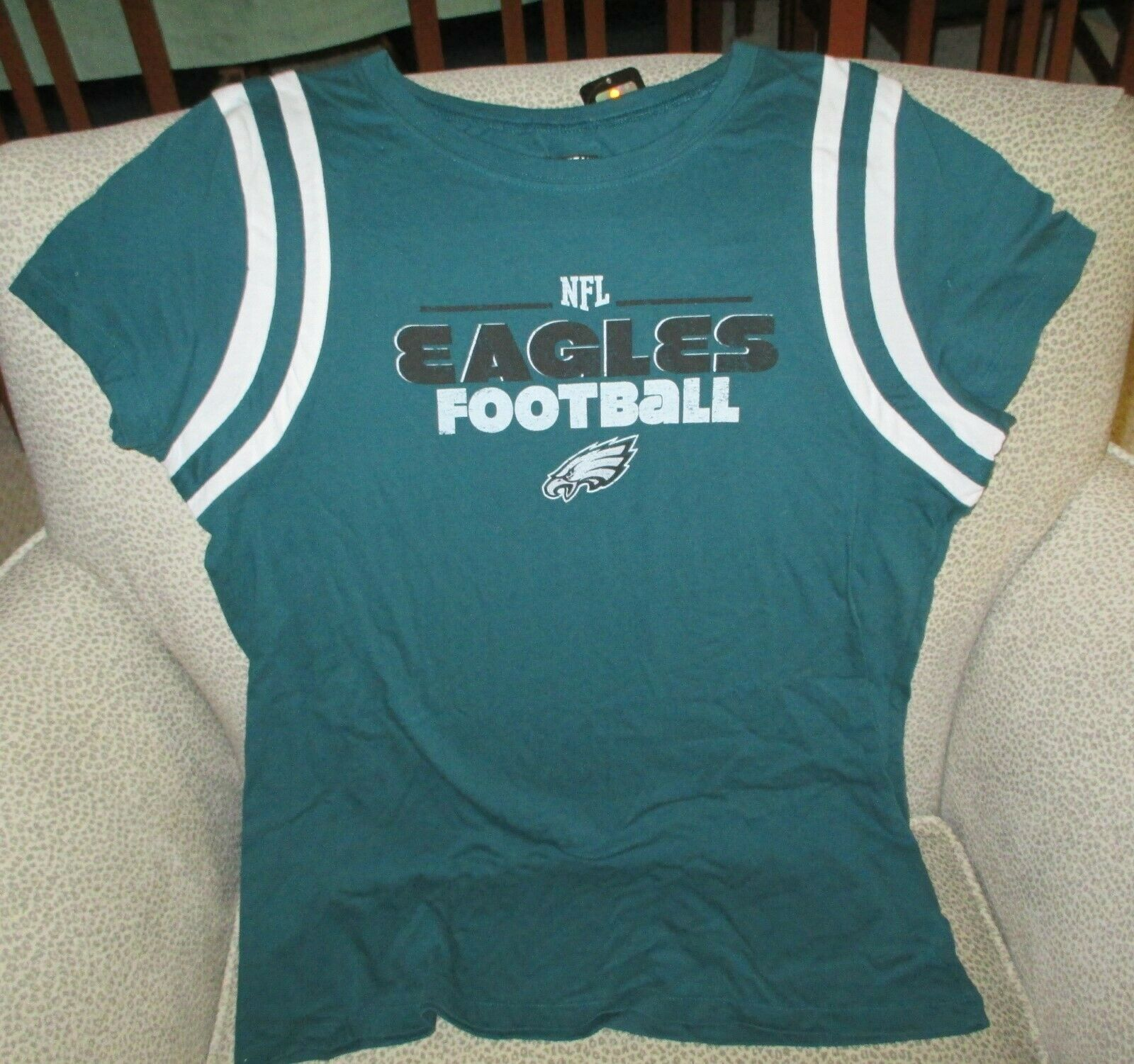 Primary image for Philadelphia Eagles NFL Apparel  Women's Green Shirt-Large