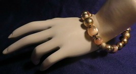 Vintage Gold Tone Thermoset Bead Stretchy Bracelet BRIGHT! - $7.09