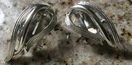 VINTAGE RETRO MODERNIST SILVER TONE  CLIP EARRINGS SIGNED SARAH COVENTRY - $11.39