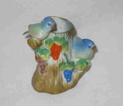 "Wonderful Vintage 4"" Bird Figurine JAPAN Glazed Bisque - $37.99"