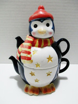 "Penquin Winter Holiday Ceramic Teapot & Tea cup 8"" tall Christmas Collec... - $24.55"