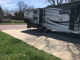 2013 Fleetwood Bounder Classic 34B For Sale In Redwood Falls, MN 56283 image 5