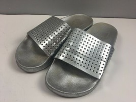 Dolce Vita Slides Sandals Size 8 39 Silver Punch Out Womens Shoes - $10.19