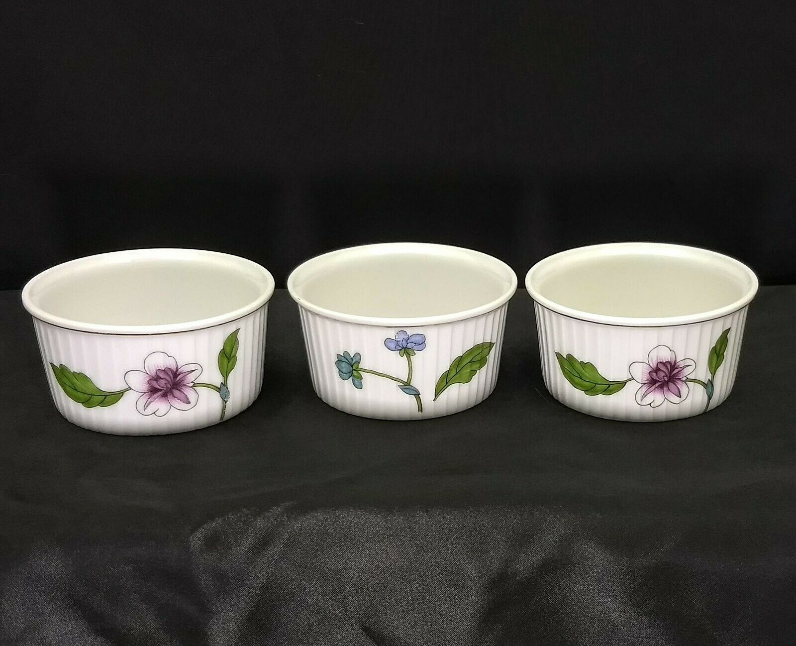 Set of 3 Royal Worcester Astley Floral Pattern Ramekins