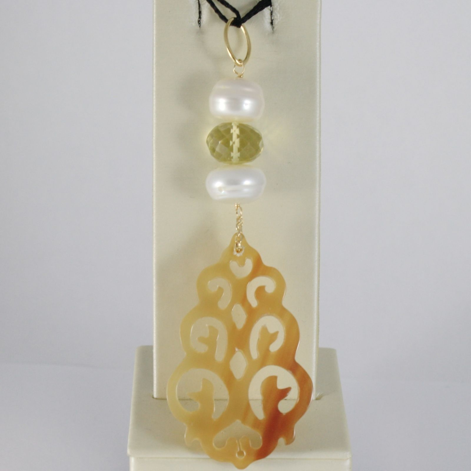 18K YELLOW GOLD BIG LONG PENDANT BIG WORKED HORN, LEMON QUARTZ, PEARL, 8.5 CM