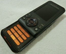 Vintage Sony Ericcson Walkman AT&T Slide Cell Phone - $19.00