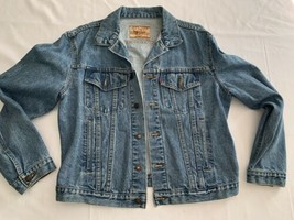 levis vintage trucker jacket Exc Condition Light Wash Large - $38.00