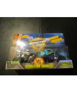Cyborg Shark Crushstation Demolition Doubles Hot Wheels Monster Jam - $13.71