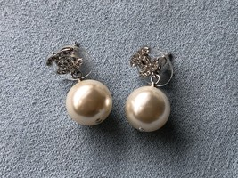 Authentic Chanel Classic Crystal CC Pearl Silver Earrings  image 11