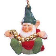 Stringing Along 1990 Miniature Hallmark Ornament QXM5606 - $12.00