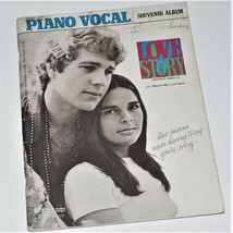 LOVE STORY - PIANO / VOCAL SHEET MUSIC BOOK & SOUVENIR ALBUM - 1971 Fran... - $9.89