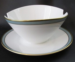 Rosenthal Gala Blue Gravy Boat With Attached Underplate Gold Trim - $28.70