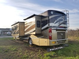 2010 Tiffin Phaeton 40QTH FOR SALE IN Mosier, OR 97040 image 2