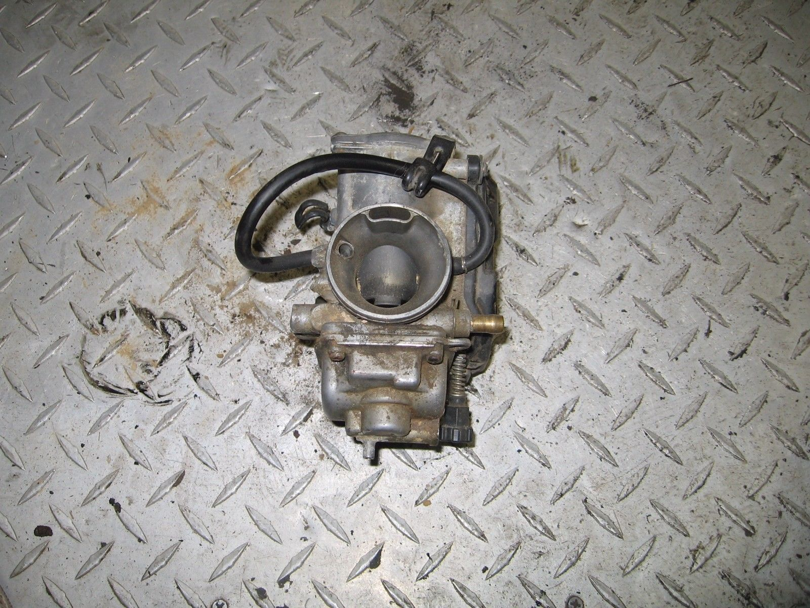 HONDA 1988 FOREMAN 350 4X4 CARBURETOR (STRICKLY FOR PARTS)  PART 31,708