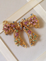 Vintage Gold Tone Pastel Pink Blue Green Crystal Rhinestone Bow Fashion Brooch - $60.00