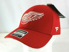 Detroit Red Wings NHL Red Baseball Cap Stretch Fix L/Xl - $31.99