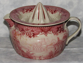 RED TRANSFERWARE VICTORIAN COUNTRY SCENE TWO PIECE JUICER REAMER - $29.69