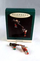 1993 Hallmark Ornament Miniature Pour Some More - $5.94