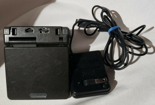 Nintendo Game Boy Advance SP Onyx Black AGS-001 TESTED & Charger