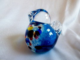 Art Glass Paperweight  Blue Bird speckled chest figurine - $23.76