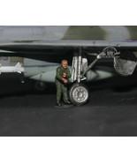 USAF Ground Support Crew 1:72 Pro Built Model #6 - $7.91